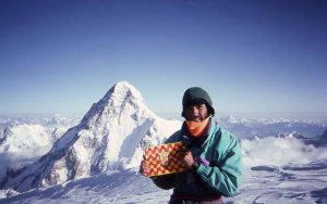 CADIACH Broad Peak central (8.020m) 4 agosto 1992 7h vivac a 8000 metros, Enric Dalmau, Lluis Ràfols i Italià Alberto Soncini. Primera mundial Fem TGN