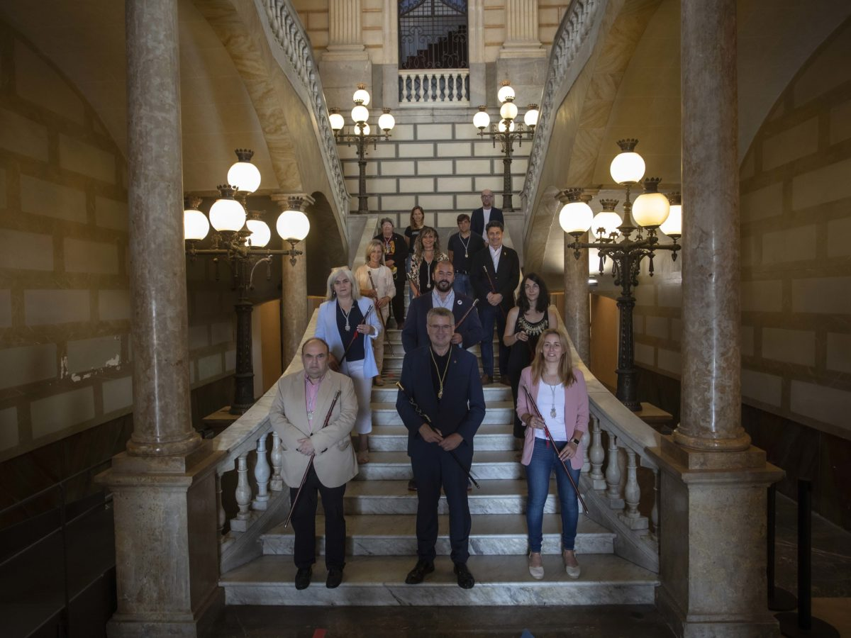 Imatge del nou equip de govern després de la seva ampliació. Foto: Manel R. Granell.