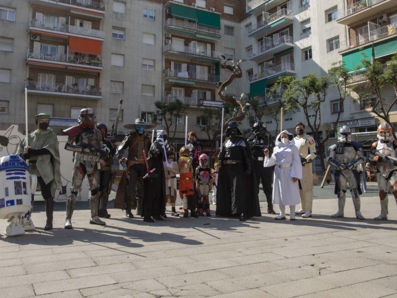 Personatges de la saga d'Star Wars a la plaça Verdaguer