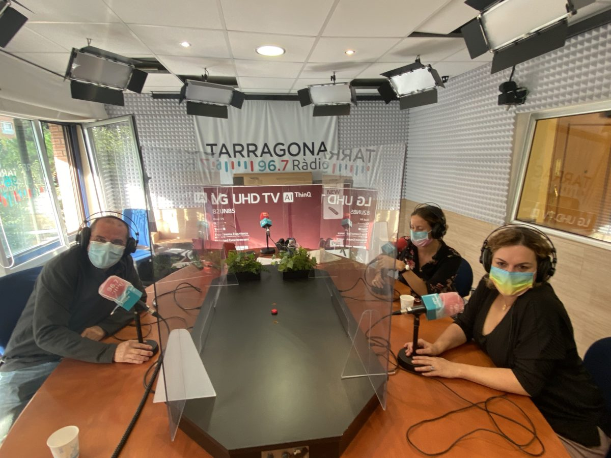 Oriol Grau, Maria Roig i Agnès Llorens, en l'estrena de les #3bombetes